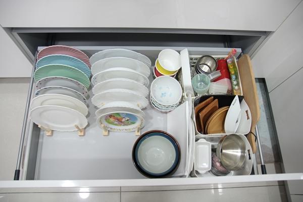 日本山崎,YAMAZAKI,日系框型盤架,盤架收納,廚房收納,
