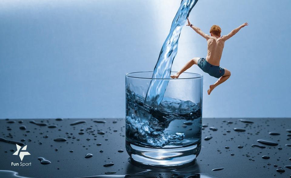 運動幫助喝水