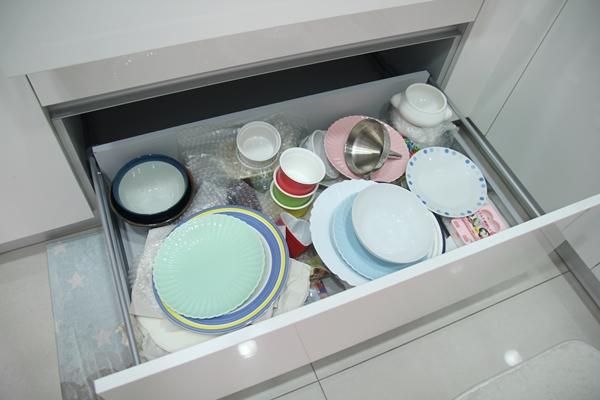 日系框型盤架,盤架收架,碗盤收納,日本山崎,YAMAZAKI,