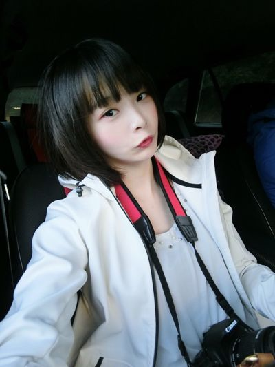 MEKO 初戀蜜桃心腮紅盤17