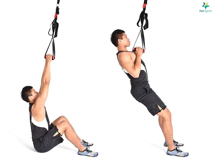 ※ 進階版本: 以單腳執行, 減少支撐。 ※ 鍛鍊功效: 適合當作無法 操作引體向上的初階動作。 ※ 小秘訣: 可以透過手臂扭 轉刺激更多肩胛週邊肌肉的 收縮。 三 下肢