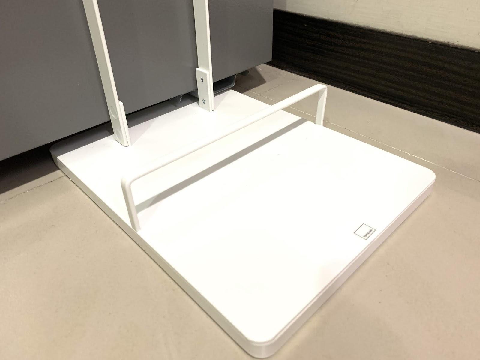 Plate多功能吸塵器收納架 山崎收納 YAMAZAKI 客廳收納 擋板設計 吸塵器收納 吸塵器架