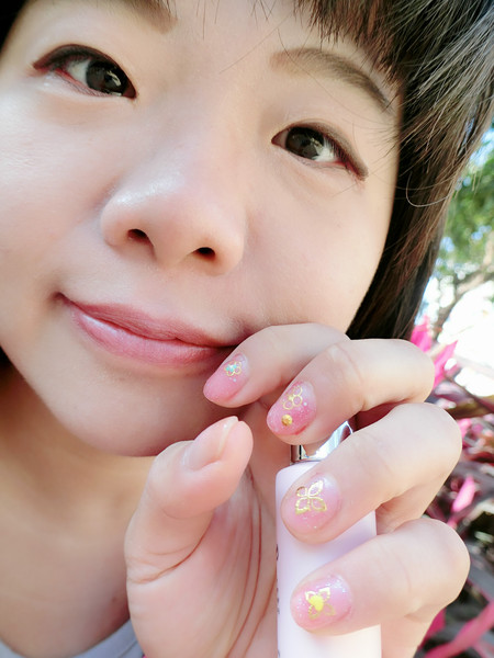描述: http://pics21.yamedia.tw/43/userfile/h/happysusu/album/15872396ae1c4b.jpg
