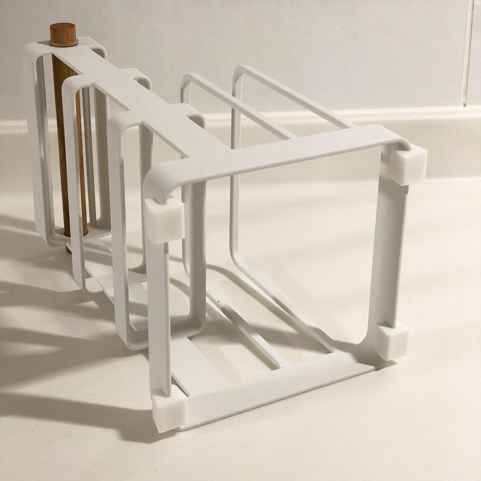 刀具砧板架的底座有防滑墊設計,使本體更加穩固