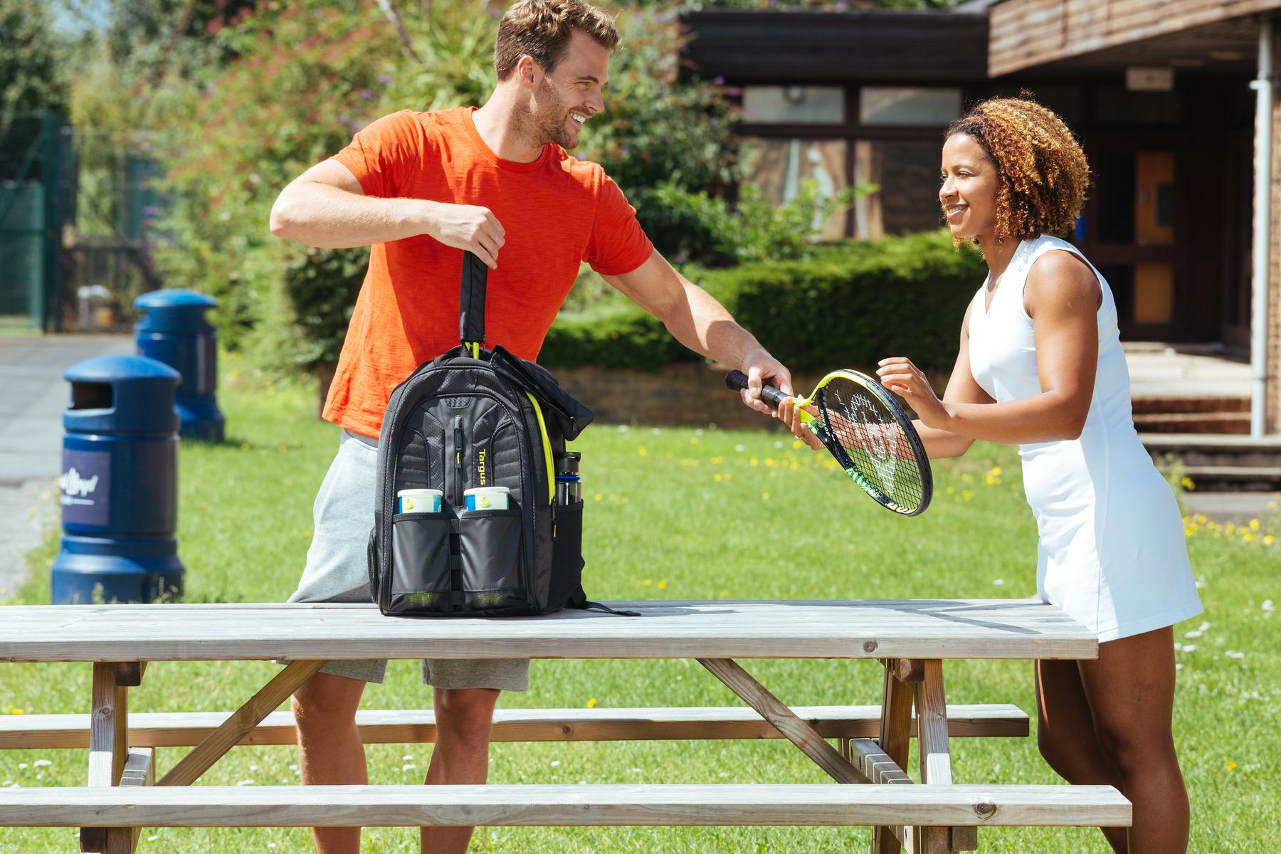 Targus Work+Play 網球拍電腦運動後背包