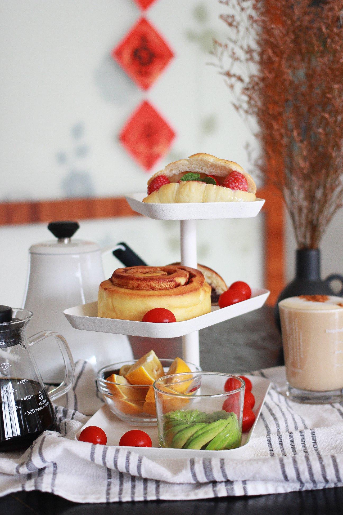 日本山崎生活美學-Yamazaki tower三層點心餐盤(白) 下午茶點心盤