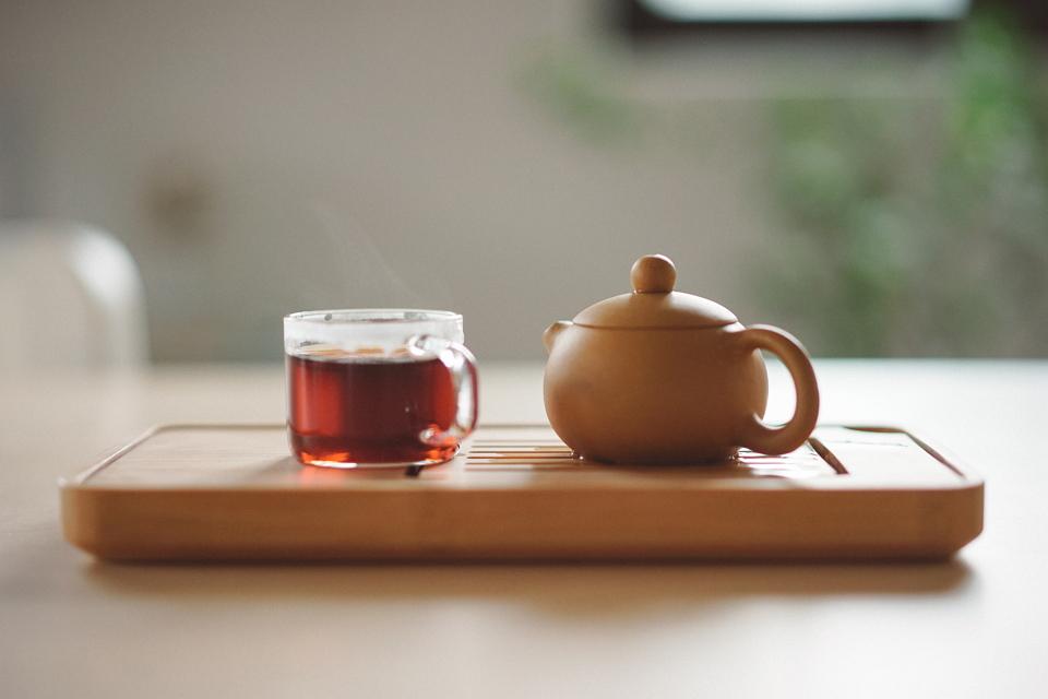 溫茶能降低皮膚溫度