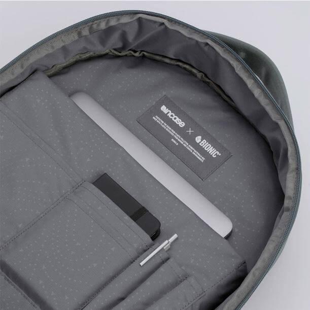 減壓後背包推薦特點:筆電收納層